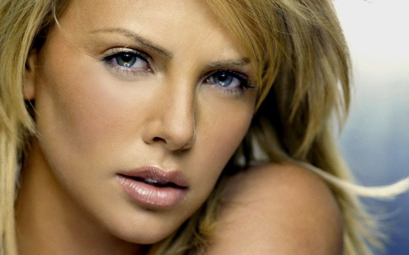La newsletter collaborativa: Charlize Theron e il Villero 2009 di Mauro Mascarello